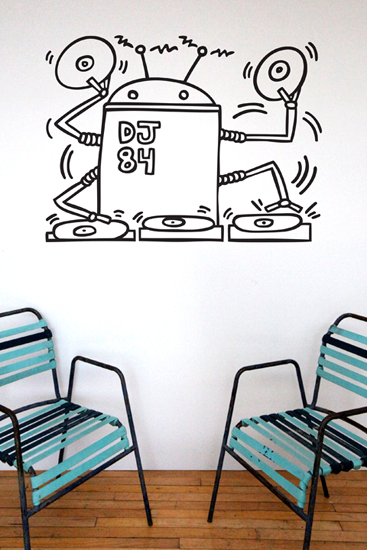 Keith Haring Wall Decals: DJ Robot 1984 Wall Sticker only on Stickboutik.com - 2/4